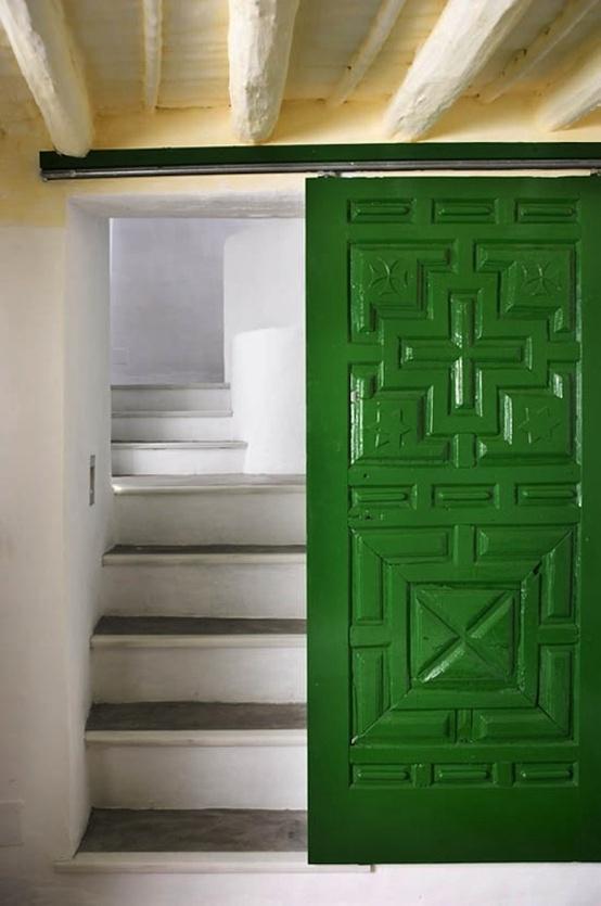 emerald9